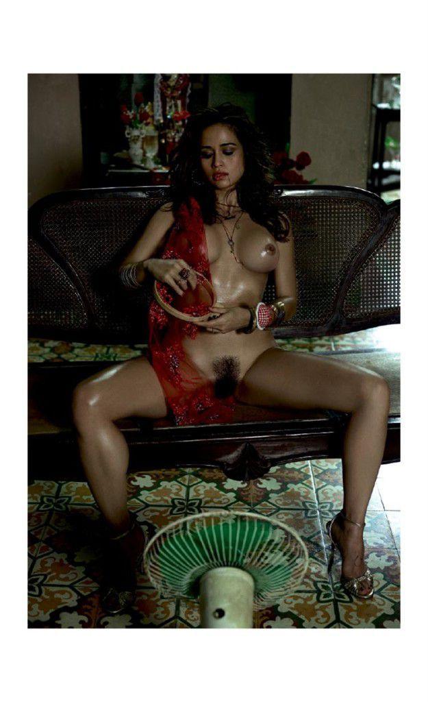 Nanda Costa morena gostosa linda pelada na playboy
