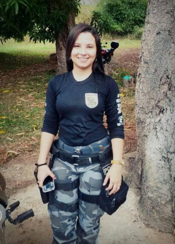 Caiu na net policial Andressa pelada gostosa transando