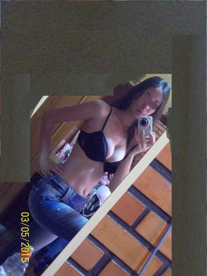 Caiu na net Raquel buceta peludinha pelada em fotos caseiras